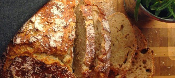 Eltefritt, langtidshevet brød i leirgryte