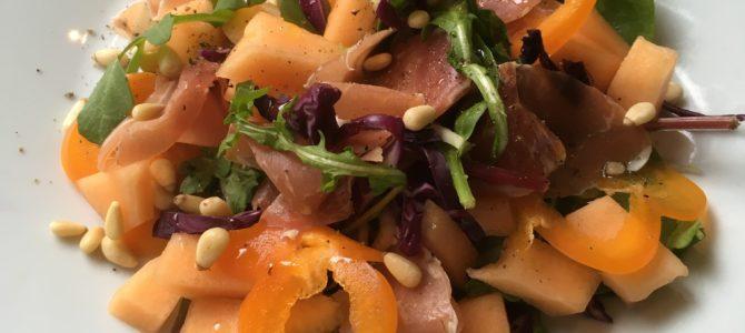Salat med parmaskinke og melon